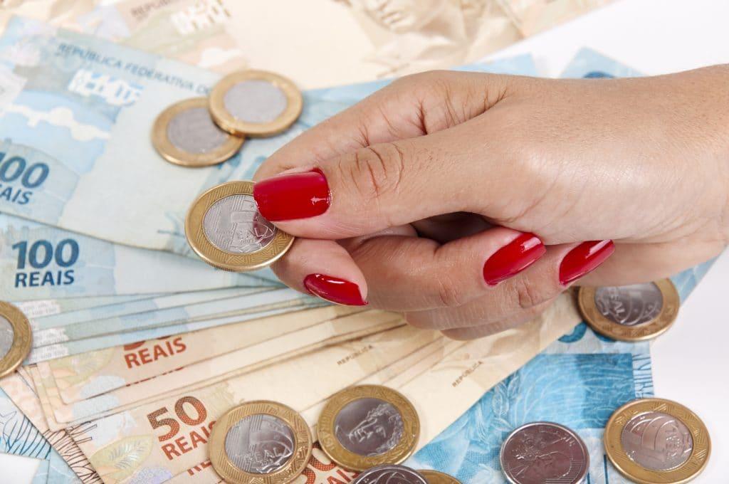Definidas as regras para pagamento do abono salarial 2