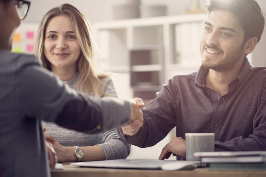 Fidelize seus clientes: 3 dicas para colocar o cliente em primeiro lugar 2